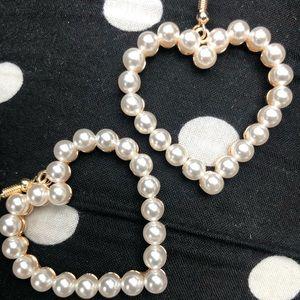 gold pearls heart shaped earrings